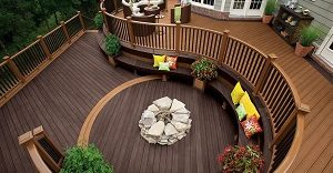curved-decking-and-rails